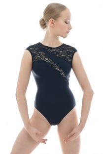 Karen Leotard